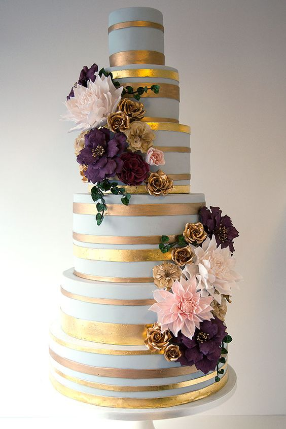15 Wedding Cakes With Roses That Will Water Your Mouth