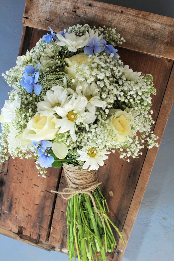 15 gorgeous summer bouquets with roses - Parfum Flower Company