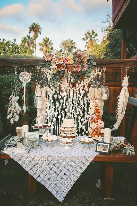 So perfect for a small bohemian wedding!