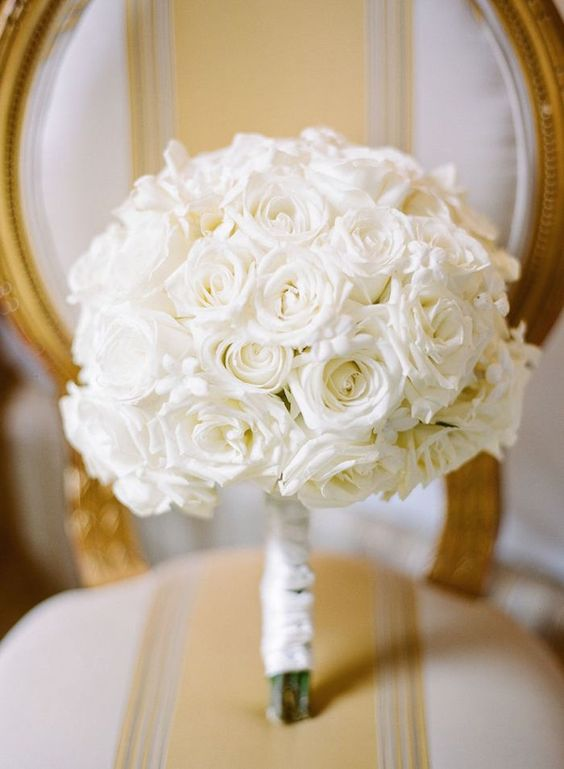 Lovely White Mono Wedding Bouquet Photography By Rebecca Yale Inc