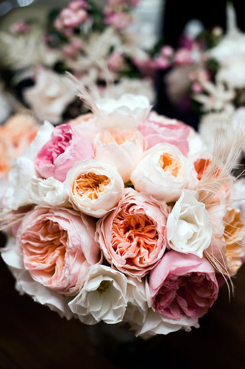 Wonderful bouquet with garden roses and David Austin Juliet roses
