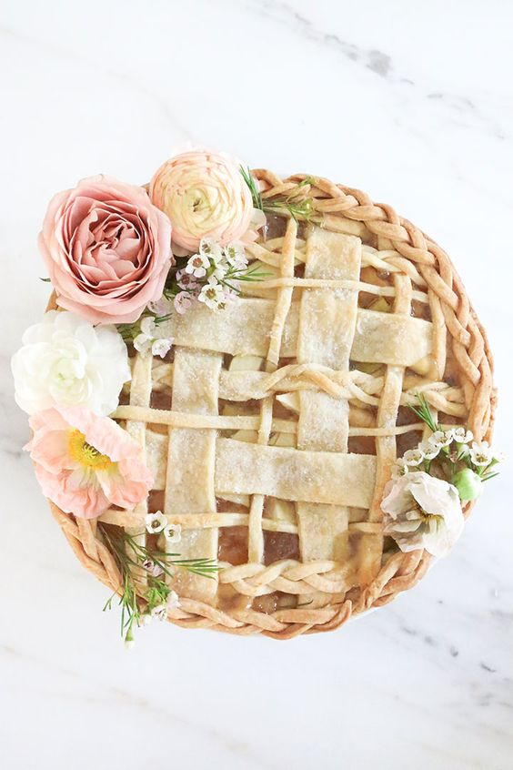 If you want something else entirely: a wedding apple pie with roses <3