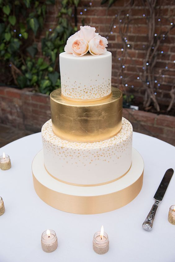 Sparkling gold with Juliet roses. Stunning combination!