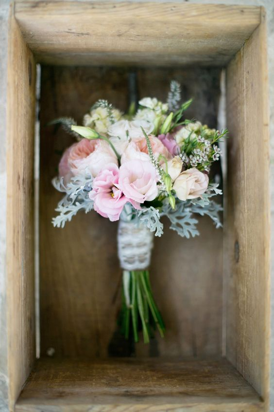 Lovely wedding bouquet with garden roses!