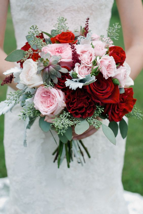 Gorgeous combination of deep red and light pink roses.