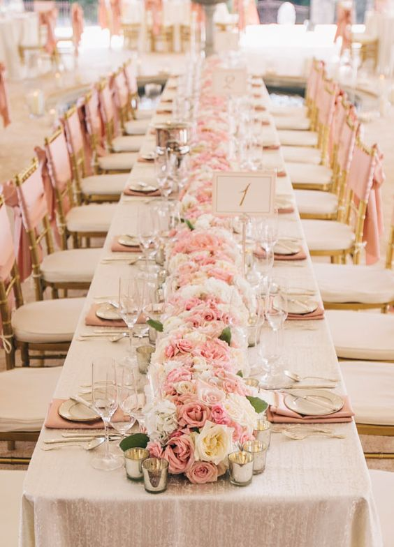Gorgeous pink table setting.  sc 1 st  Parfum Flower Company & 20 cute ideas for a pink wedding