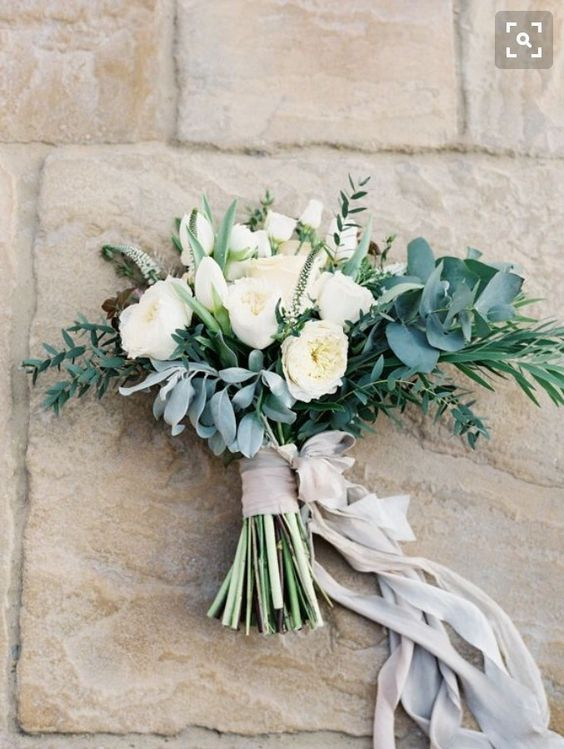 Natural bouquet with lots of greenery and Patience roses.