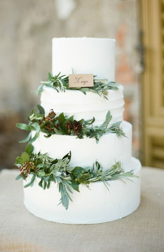 Another trend coming up this season are basic, preferably white, cakes decorated with lots of greenery for a clean and natural look.