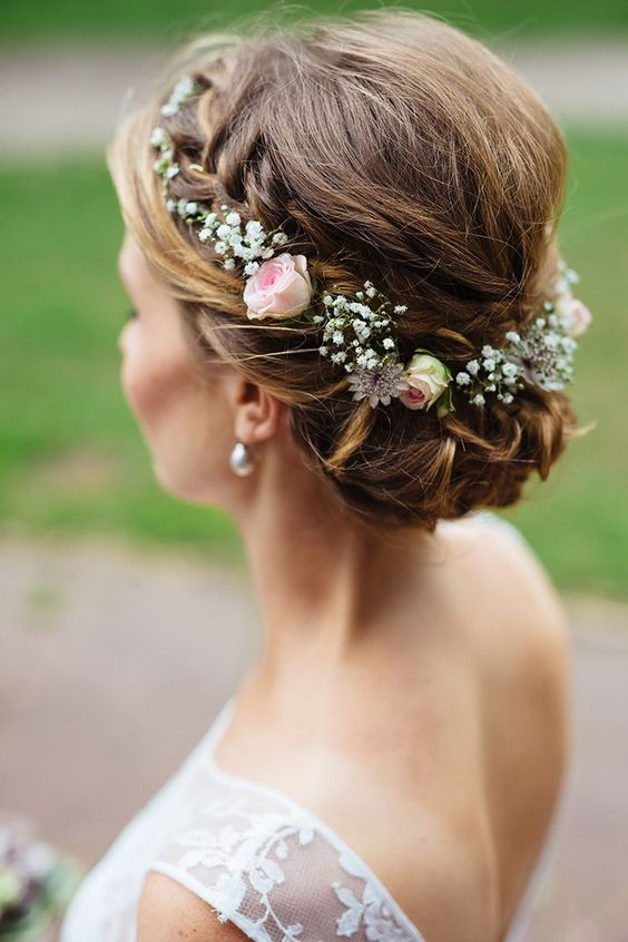 Bridal hair with spray roses