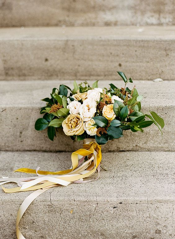 Mustard yellow fall bouquet