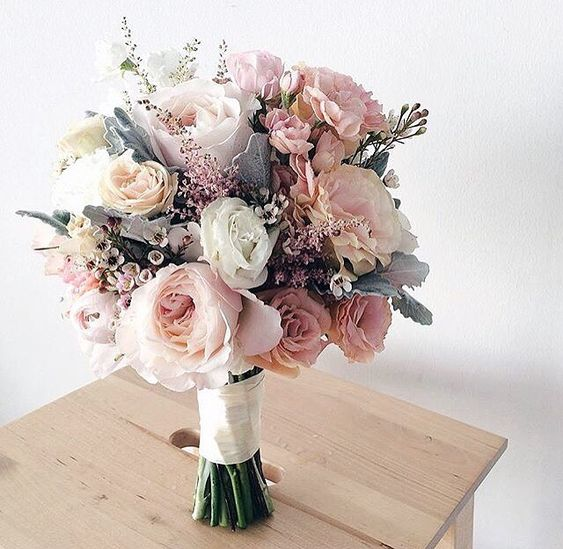 Stunning wedding bouquet in white and pink tones
