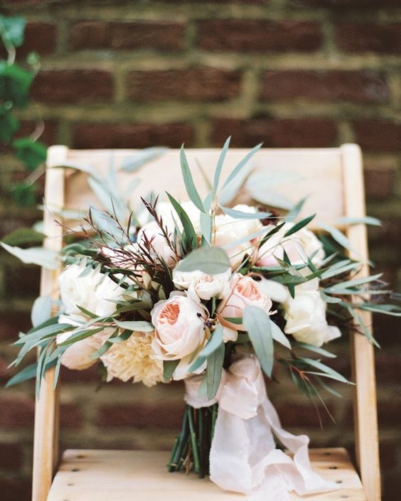 Wedding bouqet. Via Martha Stewart Weddings