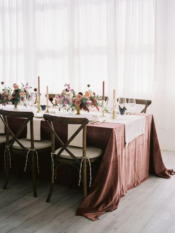 wedding table setting. Via Style Me Pretty