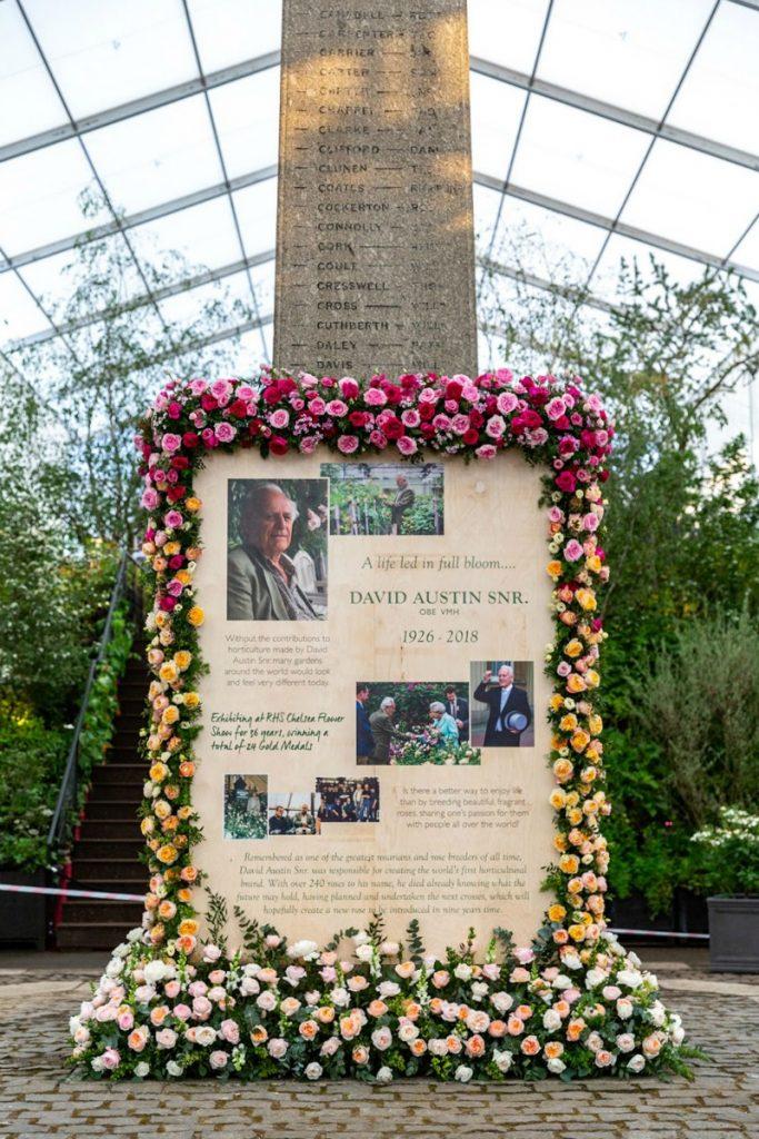 Memorial monument David Austin Chelsea Flower Show 2019